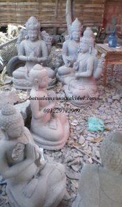 patung batu candi